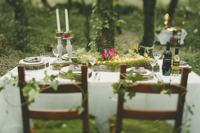 wedding tables inside the woods in Sardinia