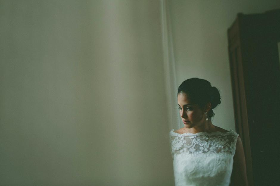 la sposa Francesca mentre aspetta lo sposo