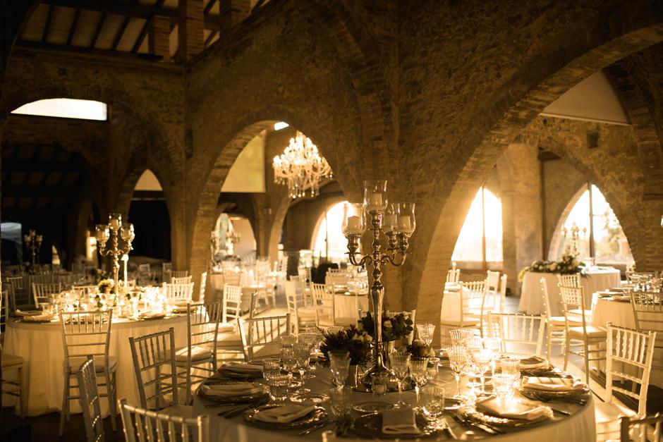 i tavoli per la cena di Simona e Andrea