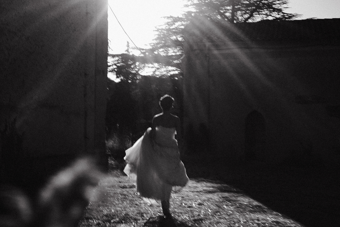 creative black and white wedding  photographer sardinia