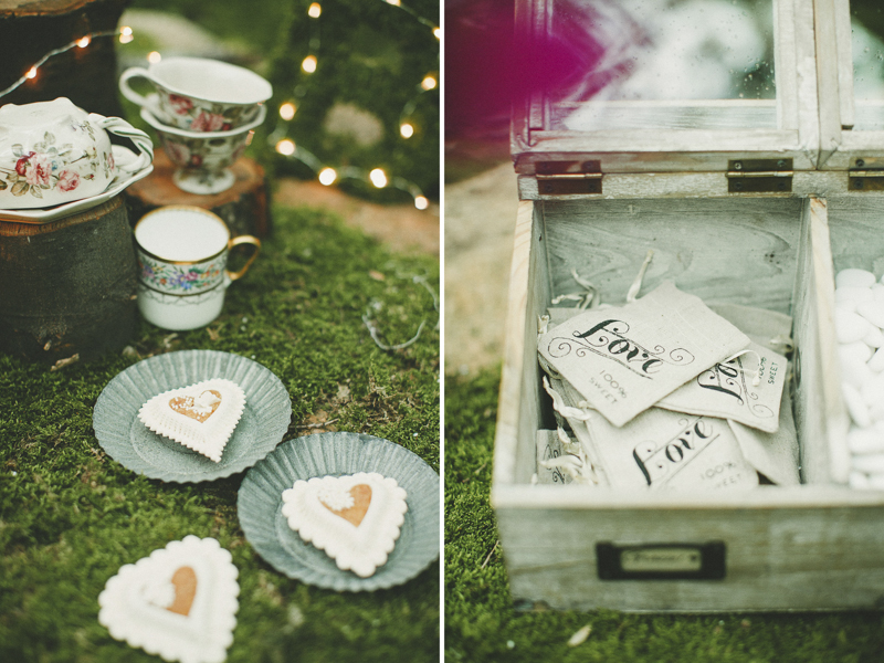 sweets table setting