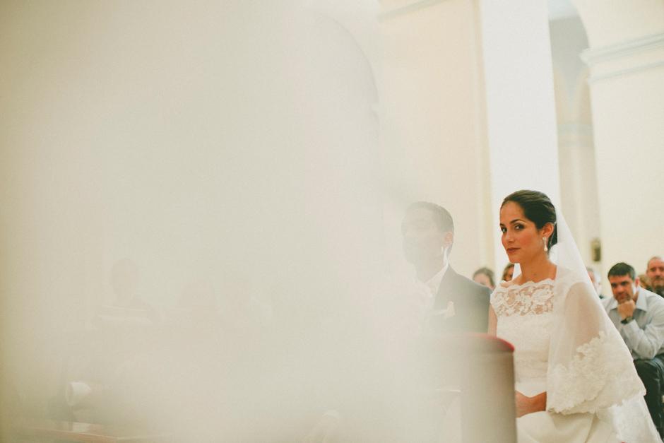 la sposa durante la cerimonia