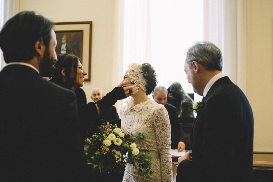 bride greeting the guests