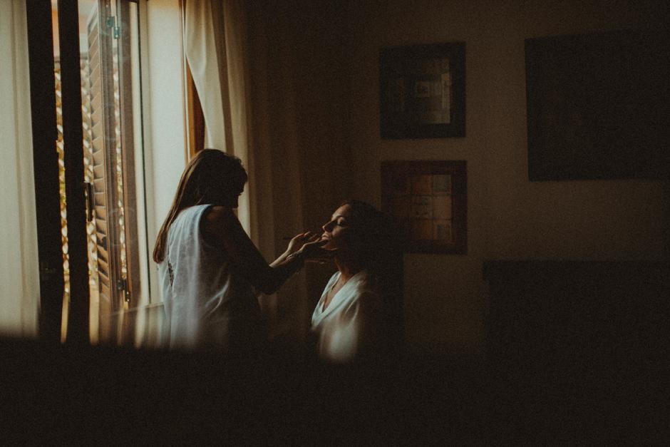 la sposa si prepara a palau