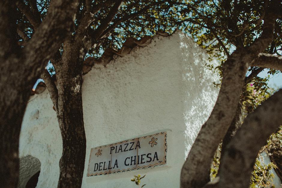piazza della chiesa Santa Rita Porto Rafael Costa Smeralda