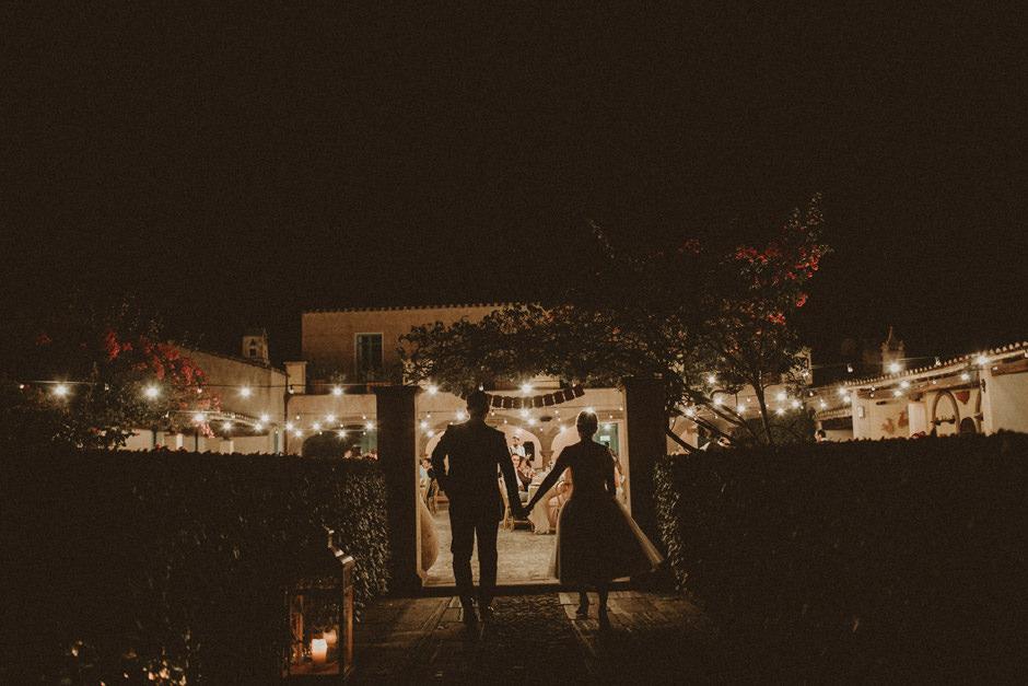 Corte Noa night wedding