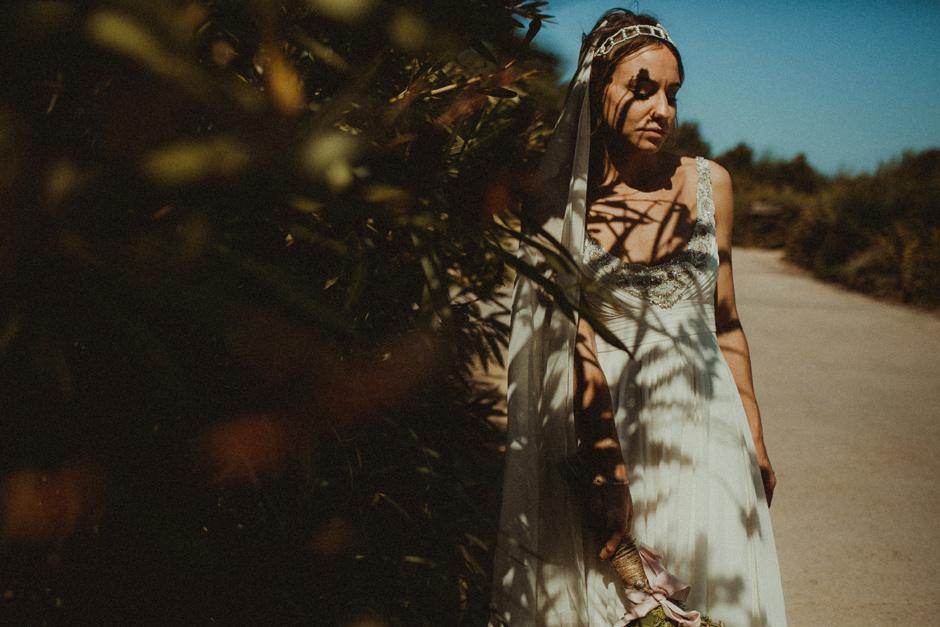 ritratto della sposa con luce dura presso Villa D'Erica