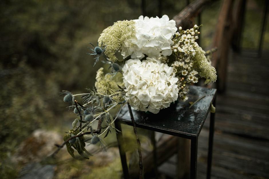flowers ceremony details