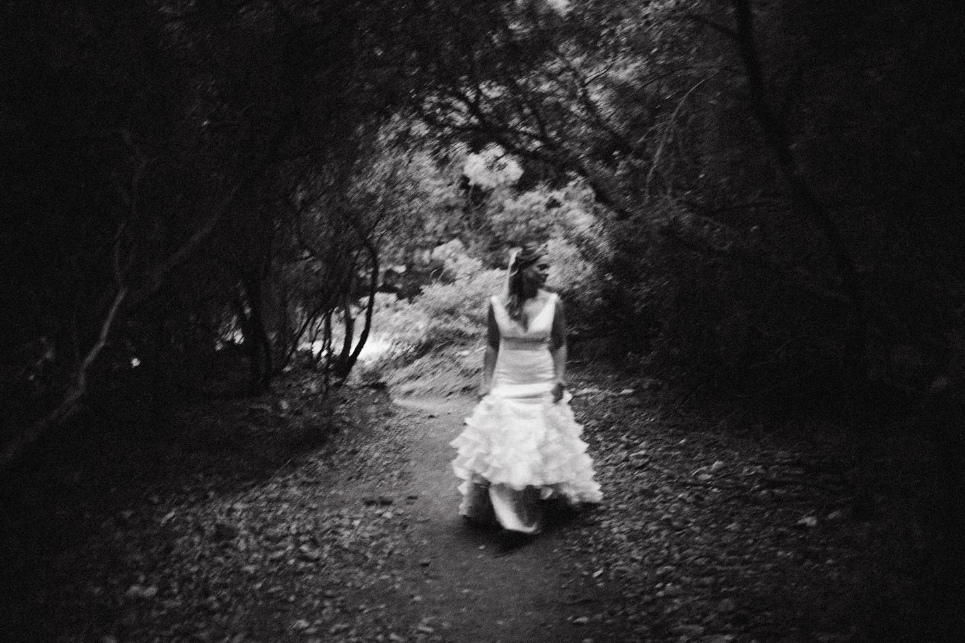 black and white wedding photographer cala fuili sardegna